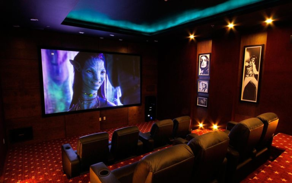 movie-theatre_1_orig